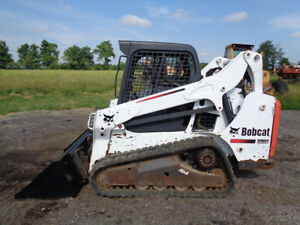 2014 Bobcat T590 Sid Steer Orops Sticks pedals 2 100lbs Lift Cap 2 146 Hours