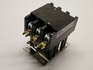 17635 Brand New 3 Pole Mars Contactor Relay W Lugs 24v 60a