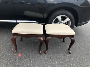 Pair Of Thomasville Solid Wood Ivory Upholstered Tufted Foot Stool Ottoman