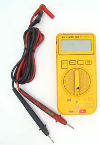 Fluke 12b Multi meter Volt Meter With Leads A