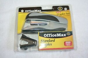 Office Max Stapler Desk Set stapler 5000 Staples Staple Remover Gray Nip