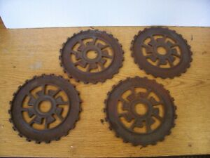 4 Vintage Cast Iron Ih Planter Plates 469810r1 International Harvester Lot Eb