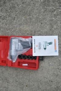 Chicago Pneumatic Cp734hk Impact Wrench 1 2 Inch Drive W 5 Sockets New