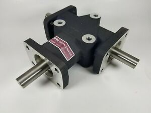 Crown Gear Drive Gearbox C209806 Right Angle 3 way New Old Stock