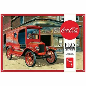 AMT Coca Cola 1923 Ford Model T Delivery (Molded in Red) 1:25 Scale Model Kit