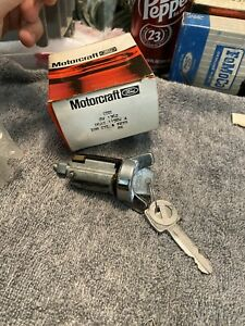 Nos 1976 1977 1978 Ford Mustang Ii Thunderbird Ltd Pinto Ignition Switch Key Set