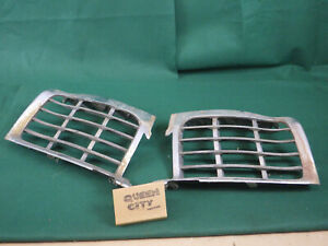 1946 47 48 Lincoln Zephyr continental Center Grilles