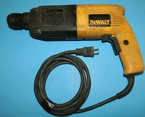 Dewalt Dw514 3 4 Electric Corded Type 200 Sds Rotary Hammer Drill 120v Italy