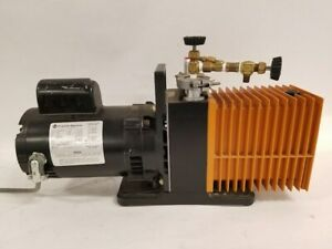 Alcatel 2008a Vacuum Pump W Franklin Electric Motor 1 2 Hp 1725 Rpm