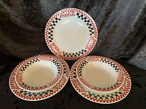 Coca-Cola Dinnerware Set of 3 Dinner Plates & 2 Soup Or Salad Bowls Gibson 1996