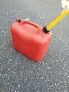 Wedco W 500 2 Pre Ban Vented 5 8 Gallon Heavy Plastic Gas Can Made In Canada