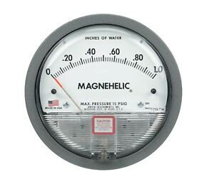 Dwyer 2330 Magnehelic Differential Pressure Gauge 15 0 15 w c