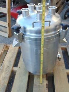 Stainless Steel Tank Pressure Vessel Tri clamp Apache Clamp Top