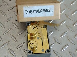New Diebold 03 899 Safe Deposit Box Lock With Two Flat Keys