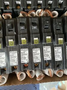 New 10 Pcs Hom120cafi Hom120cafic Homeline Square D Breaker 20 Amps 120 Volts