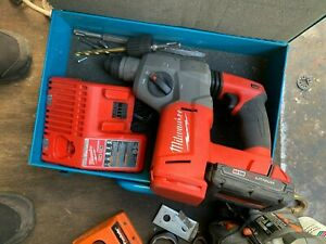 Milwaukee M18 Cordless 1 Rotary Hammer Drill With 6 Bits