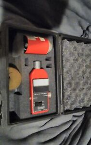 Quest 214 Sound Level Meter Matching Sound Calibrator In A Hard Case