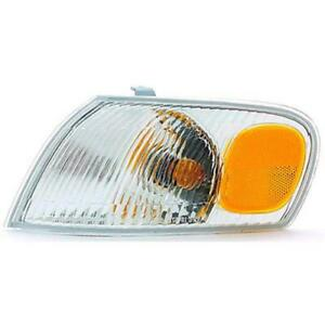 Cpp To2520150 Left Parklamp Assembly For 1998 2000 Toyota Corolla