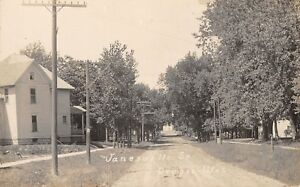 Oregon Wisconsin janesville Street houses On Both Sides dirt Road c1912 Rppc