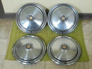 75 76 77 78 79 Chrysler Cordoba Hub Caps 15 Set Of 4 Wheel Covers Hubcaps