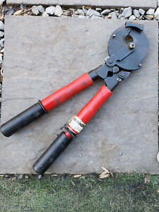Burndy Rcc556 Acsr Ratcheting Cable Cutters Used
