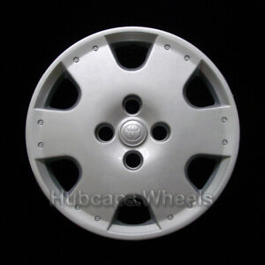 Toyota Echo 2000 2005 Hubcap Genuine Factory Original Oem 61109 Wheel Cover