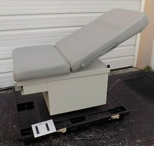 Umf Electric Medical gynecological Examination Table
