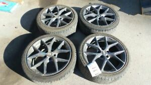 15 16 17 Volkswagen Golf Bbs Racing Wheels 225 40 R18 Minor Scuffs