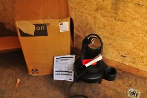 Dayton 4le18 2 Hp 3 Submersible Sewage Pump 240v 3 Phase New In The Box