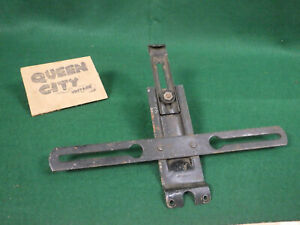 1940 41 42 46 47 48 Buick Pontiac Olds Chevy License Plate Bracket Guide L 3