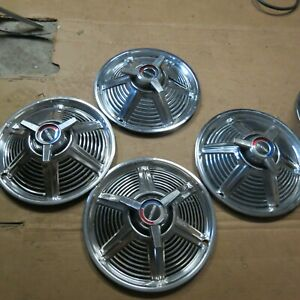 One Of These 1965 Ford Mustang Spinner Hubcaps Orginal 14 Wheel Cover 1966