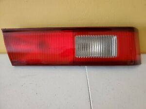 1998 2000 Toyota Camry Driver Side L h Tail Light Assembly
