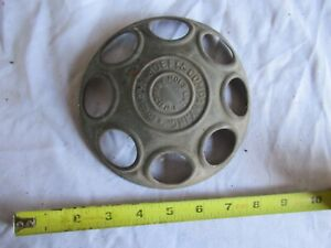 Vintage Metal Chicken Feeder Part Hoeft Company Chicago 6 Diameter Lot 21 2 5
