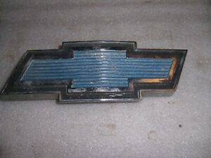 1971 77 Chevrolet Van Bowtie Emblem Ornament Blue Grill Chevy