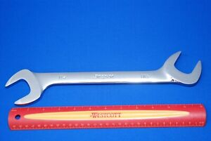 New Snap on Tools 1 1 4 4 way Angle Head Open end Wrench Vs40b