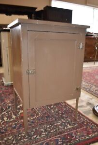 Refinished Medical Doctor s Cabinet Metal Cupboard