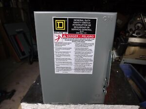 Square D D321 30 amp 240 volt 3 pole Indoor Fused Safety Switch