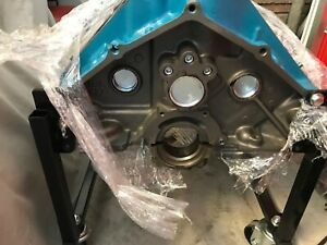350 Chevy Engine Block Roller