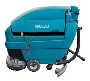 Tennant 5400 Walk Behind Floor Scrubber W Charger Pads And 4 Batteries