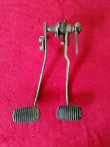 1957 57 Chevrolet Chevy Manual Brake Clutch Pedal Assembly Used Original