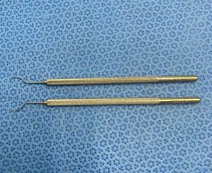 Storz E576m Ophthalmic M hook Set Of 2