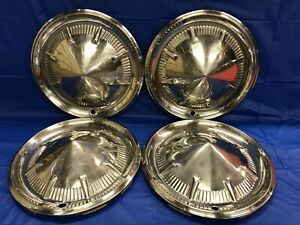 Vintage Set Of 4 1960 Ford 14 Hubcaps Fairlane Galaxie Starliner Sunliner Gc