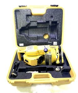 Topcon Gpt 2002 Robotic Total Station Gpt 8000a 2002 with Case
