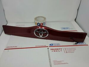 04 09 Toyota Prius Lift Gate Hatch Handle Panel Molding Trim Oem Dark Red Toyota