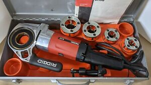 Ridgid 600 Portable Power Pipe Threader With 4 Dies And Metal Case