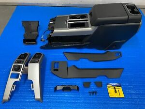 2020 Ford F150 Lariat Center Floor Console W Armrest Black With All Trim Needed