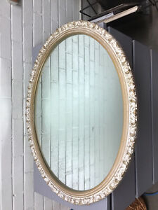 Vintage Large Oval Mirror Gold Gilt Ornate French Provencial 31 1 2 X 25 1 2