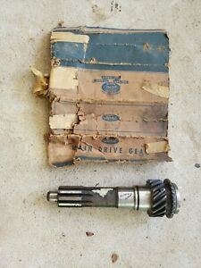 Nos 1932 38 Ford 3 Speed Transmission Input Shaft Drive Gear 16 Tooth Flathead