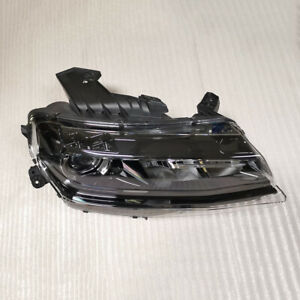 For 16 2018 Chevy Camaro Headlight Without Hid Right Passenger Side Oem 84244102