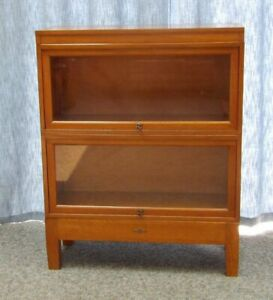 Vintage Mcm Walnut Wood Globe Wernicke 2 Section Stacking Barrister Bookcase